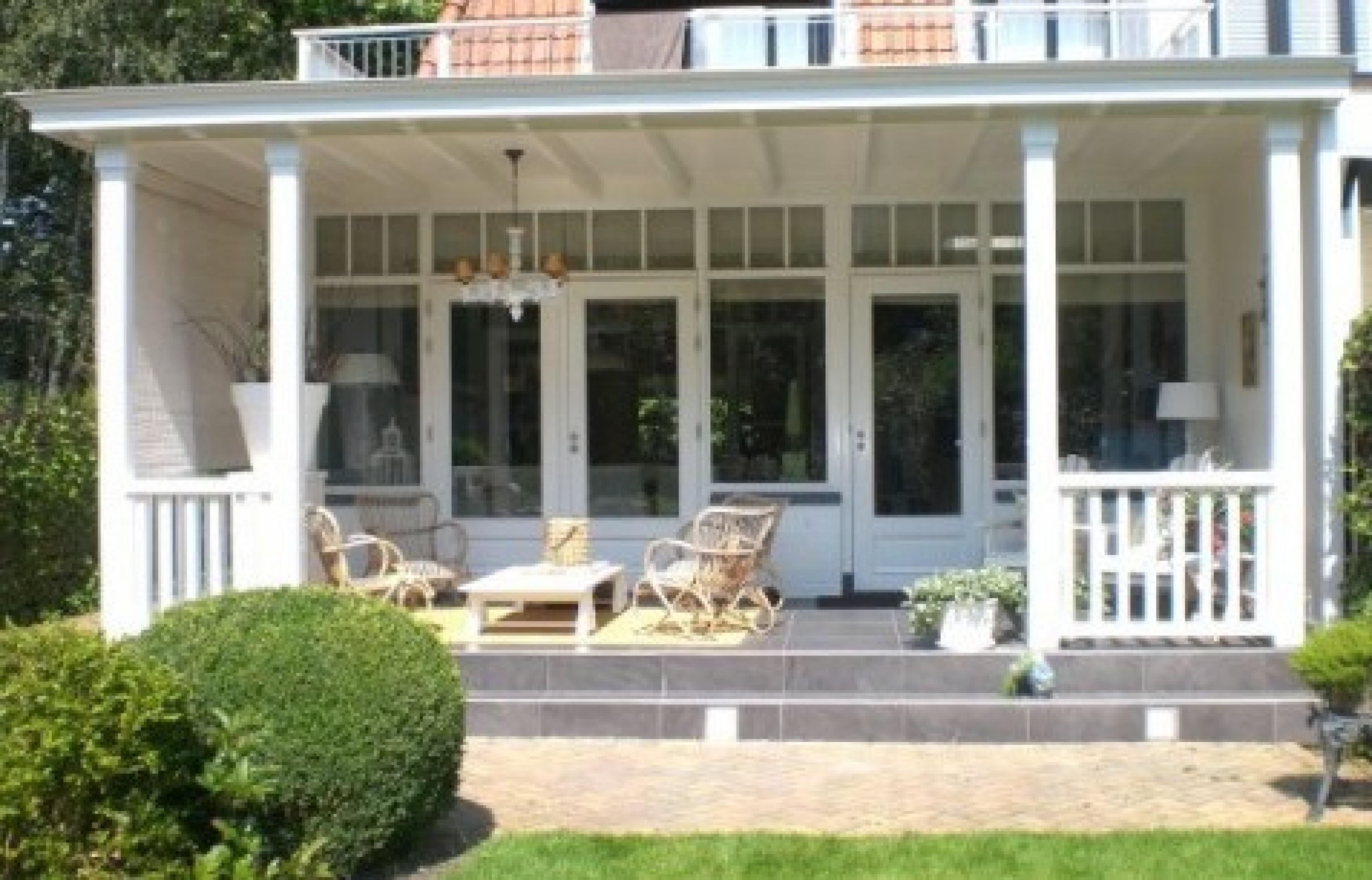 Klassieke houten veranda sfeer door de chte vakman verandaservice - Rijtjeshuis fotos ...