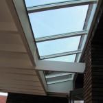 Houten veranda met lichtstraat, veranda hout, Terrasoverkapping van hout, klassieke houten veranda